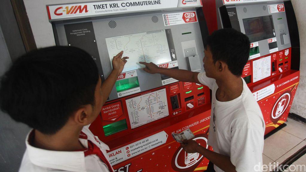 Vending Machine Tiket KRL akan Ditambah, Loket Manual Dikurangi