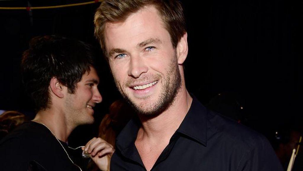 Chris Hemsworth Pakai Krim Kecantikan Milik Istri Seharga Rp 4 Juta