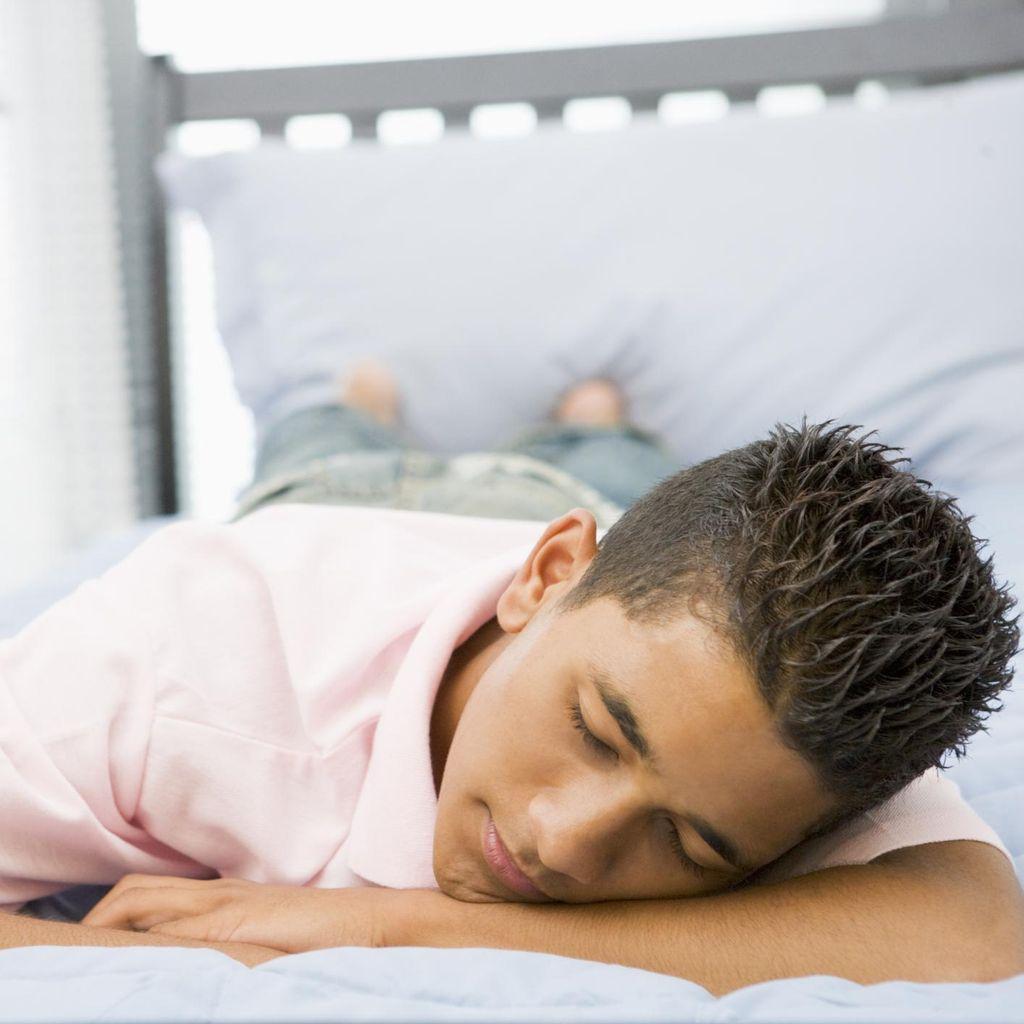 Hobi Tidur Tengkurap? Kata Pakar Pencernaan, Ini Efek Buruknya