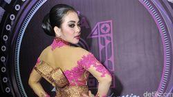 Sebelum Tur Asia, Syahrini Konser Spektakuler Dulu di Jakarta