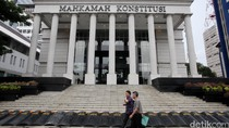 Ketua MK Persilakan KPK Periksa CCTV di Kantornya