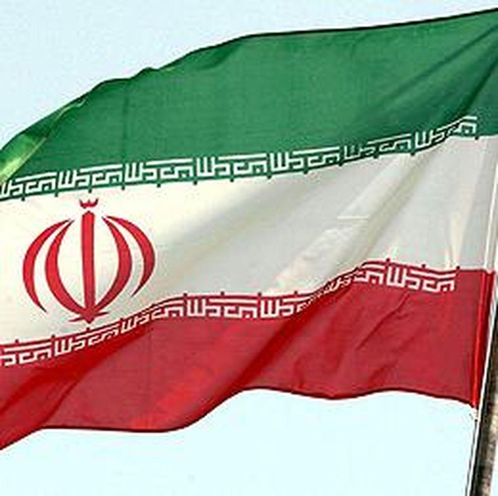 Didekati Kapal Iran, Kapal Patroli AS Lepas Tembakan Peringatan
