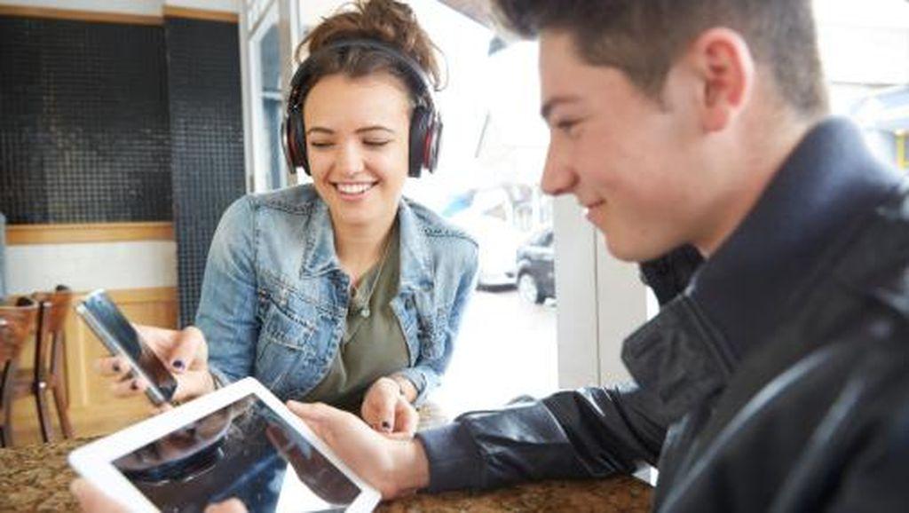 Hati-hati, Video Musik Online Bisa Picu Remaja Merokok dan Minum Alkohol