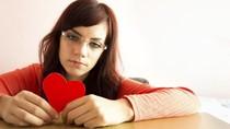 5 Hal yang Bisa Terjadi dalam Tubuh Ketika Patah Hati