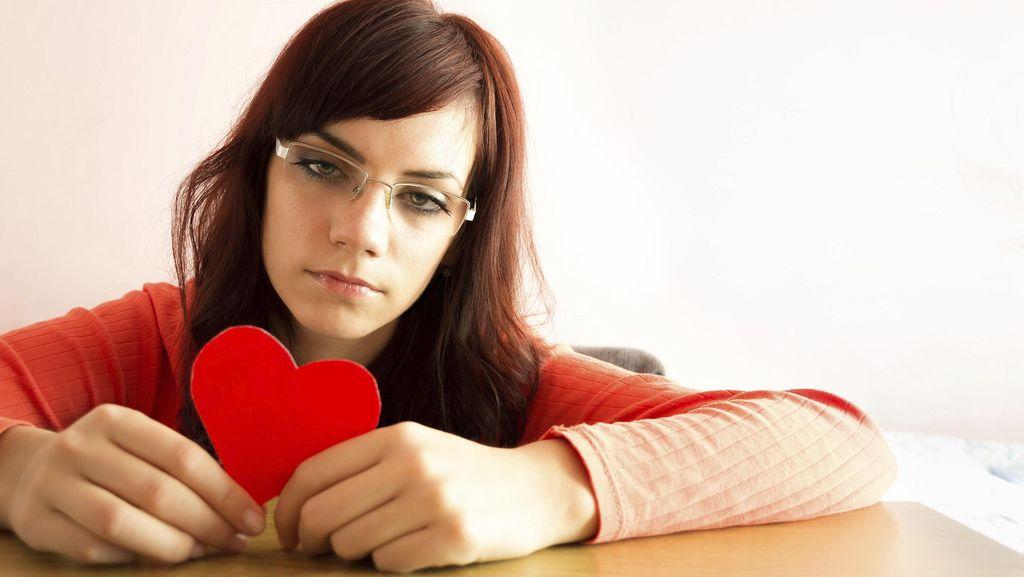 Mending Putus Cinta daripada Kehilangan Ponsel