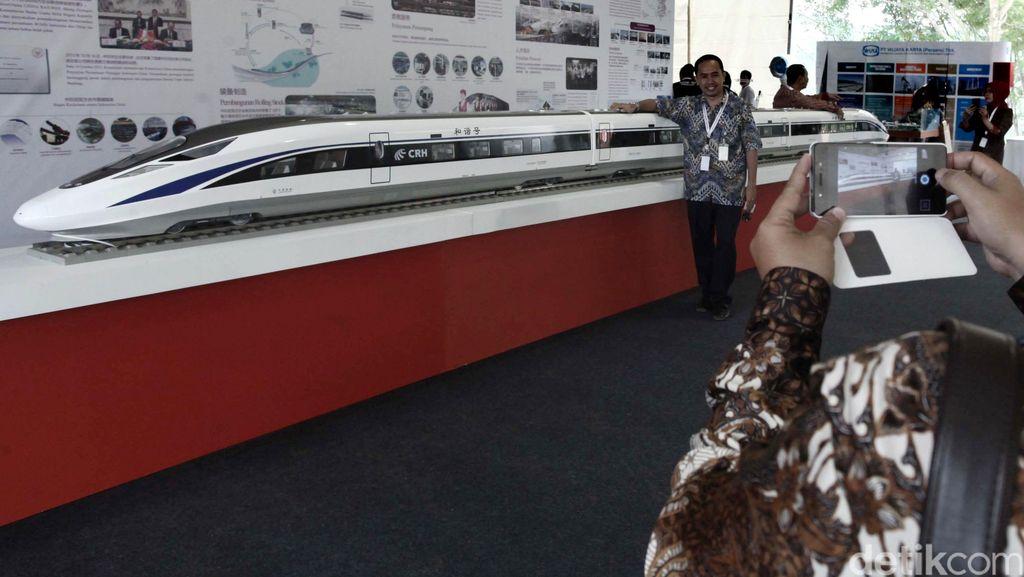 Kemenhub: Jalur Kereta Cepat Lewati Daerah Longsor