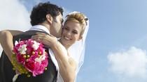 Lakukan 6 Hal Ini Untuk Menikah Tanpa Merepotkan Biaya Orangtua