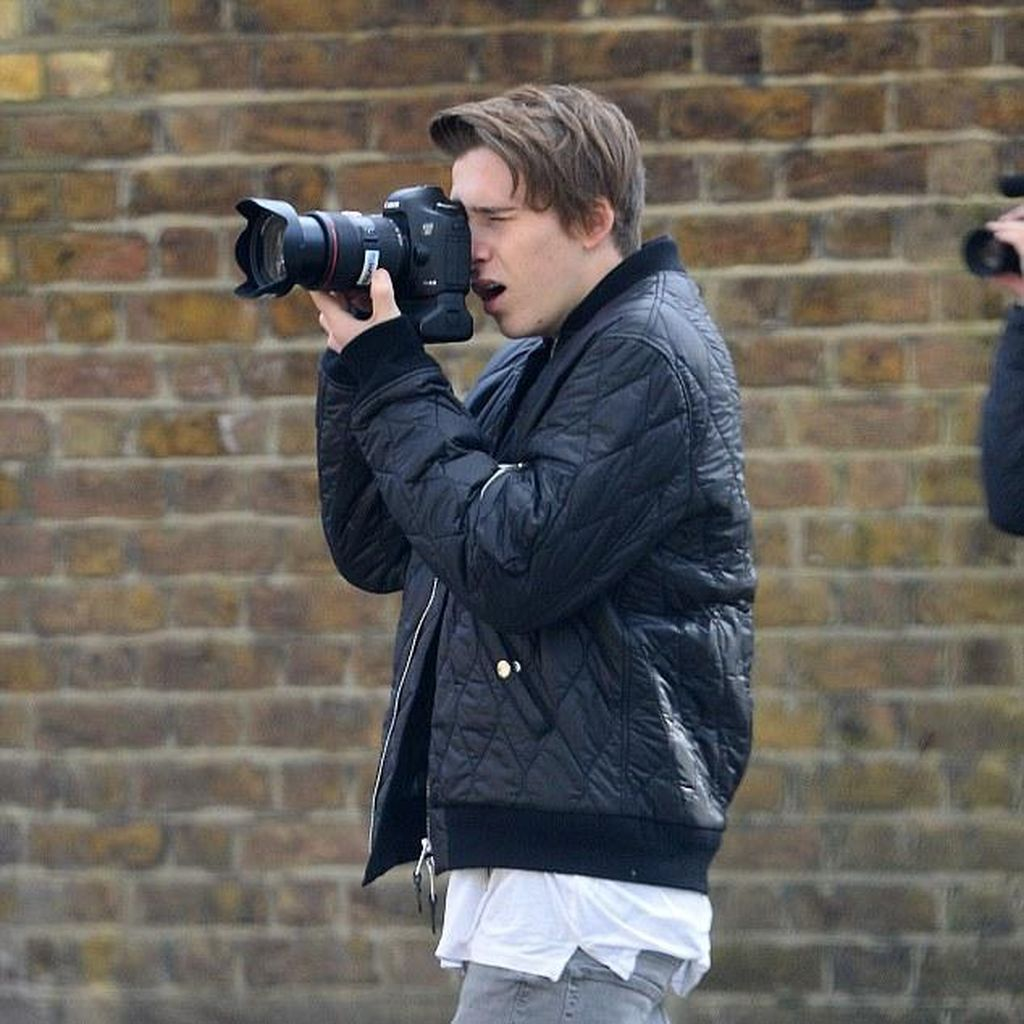 Skill Fotografi Brooklyn Beckham Jadi Olok-olokan