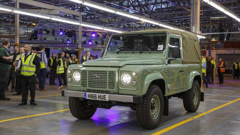 Land Rover Defender Terakhir