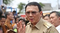 Wacanakan Hapus Premium dari Jakarta, Ahok Akan Dorong Pemotor Naik Bus