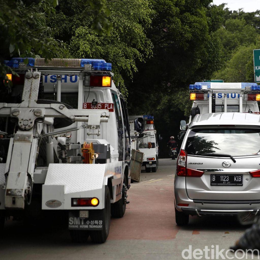 Gelar Razia di Pancoran, Dishub Jaksel Derek Belasan Kendaraan