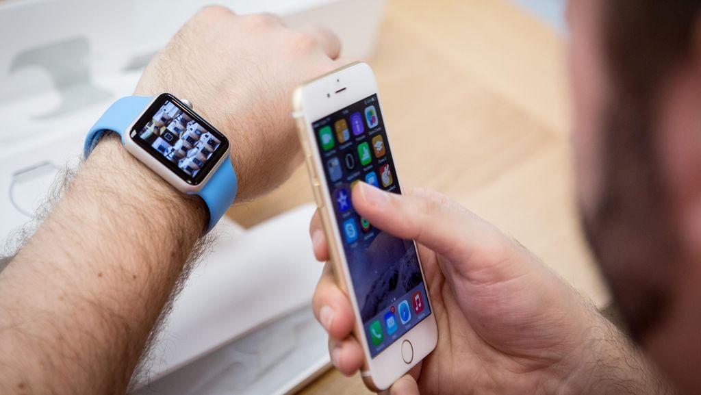 iPhone Dibuat di AS, Apple Terancam Kandas