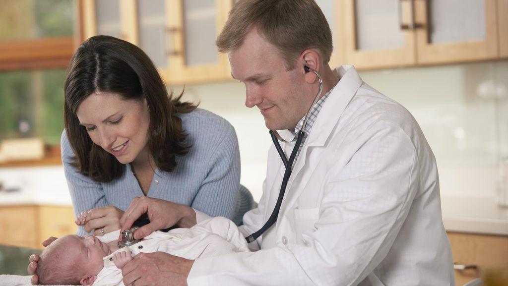 Ada Riwayat Retinoblastoma, Anak Perlu Cek Mata Rutin Sejak Bayi