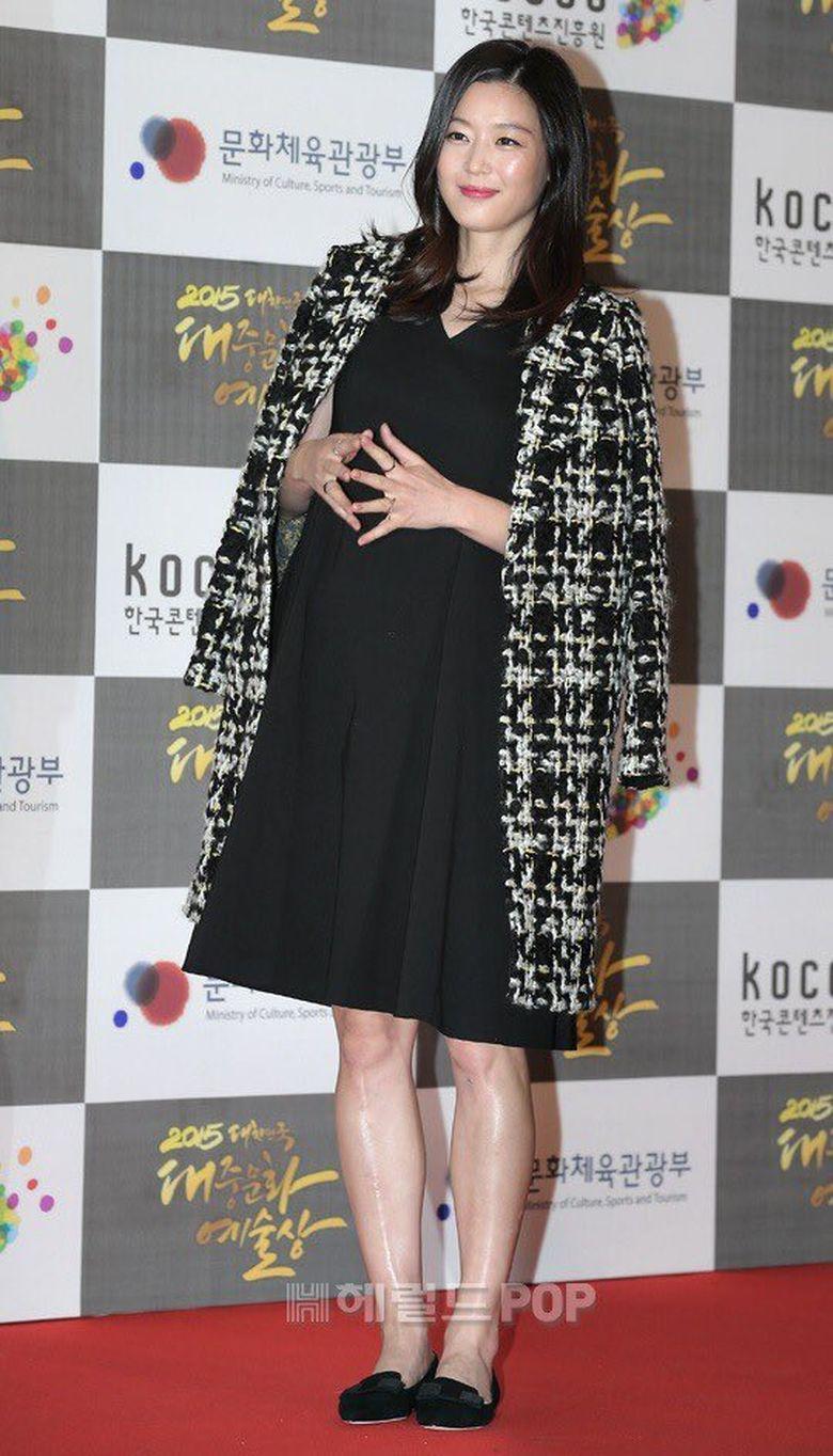 Cara Jun Ji Hyun Agar Tetap Langsing Pasca Melahirkan
