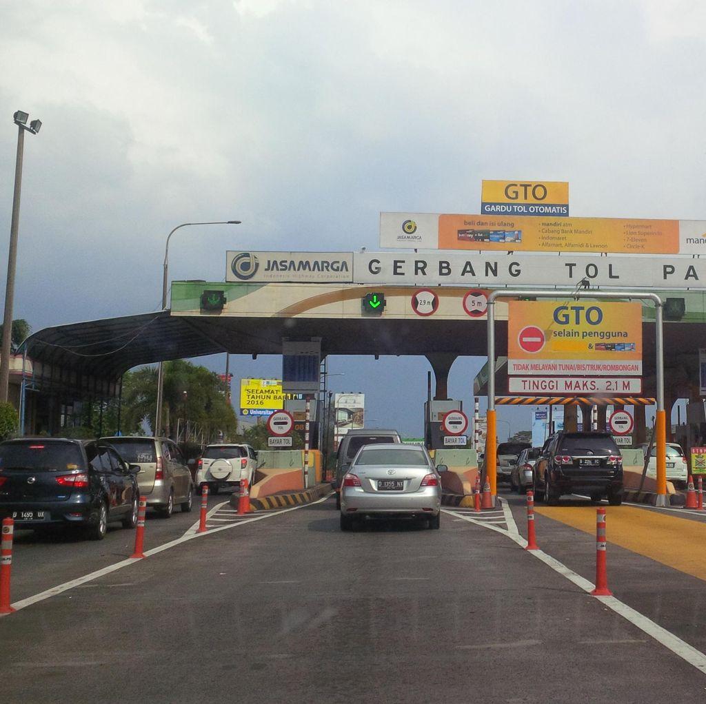Hari Ini, Serbuan Wisatawan Diprediksi ke Bandung via GT Pasteur