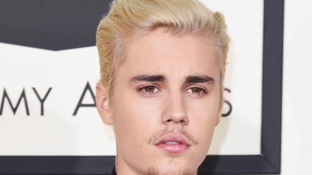Potong Rambut, Justin Bieber Disamakan dengan Boneka Ken