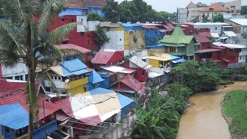 Liburan yang Beda  di Yogya, Main ke Kampung Code