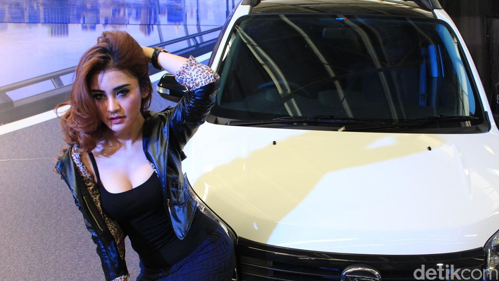 Perempuan Kalau Bawa Mobil Harus Hati-hati