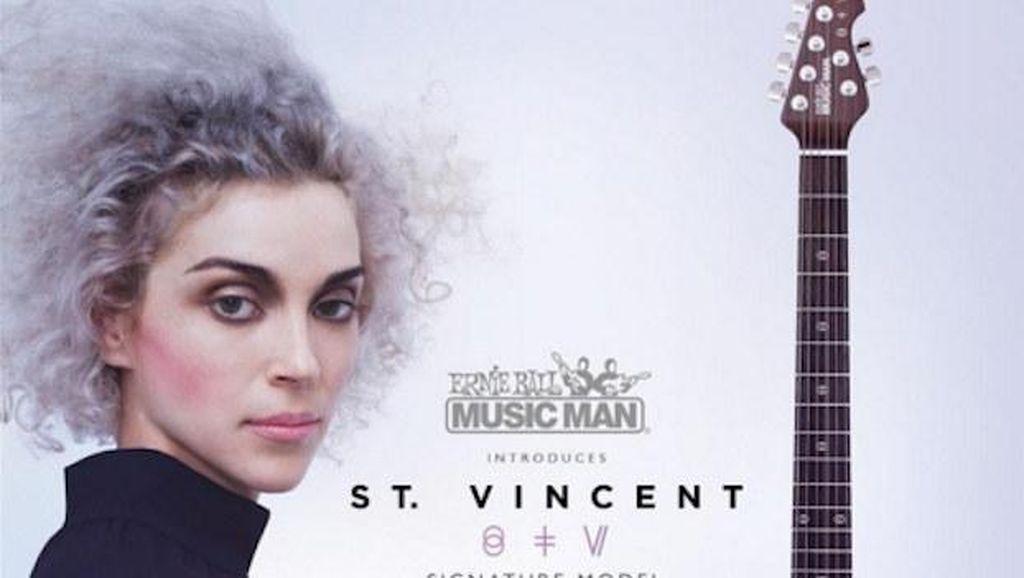 Musisi St. Vincent Desain Gitar yang Ramah untuk Wanita