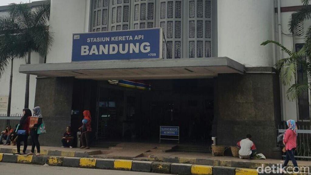 Loket Pembatalan dan Pemesanan Disatukan, Kecewa Layanan Stasiun Bandung