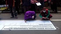 Ratusan Warga Kulonprogo Pro Bandara Demo Minta Relokasi Gratis