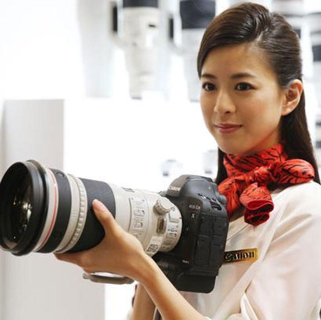 Bisakah Kamera Full Frame Memakai Lensa APS-C?