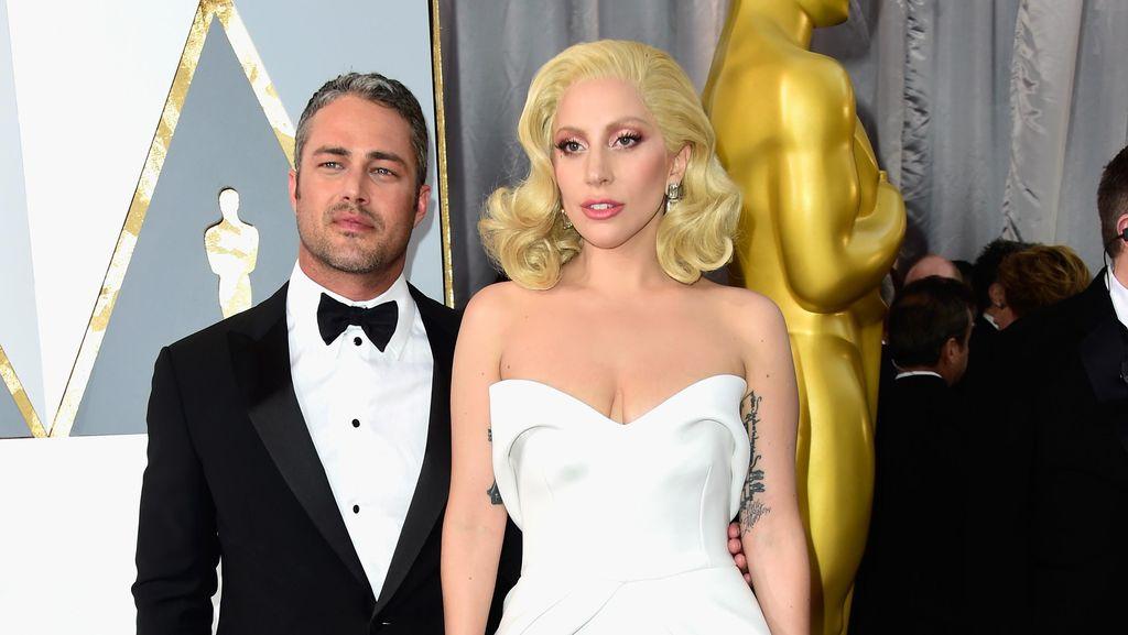 Bikin Sedih, Lady Gaga Curhat Tentang Kisah Cinta yang Selalu Gagal