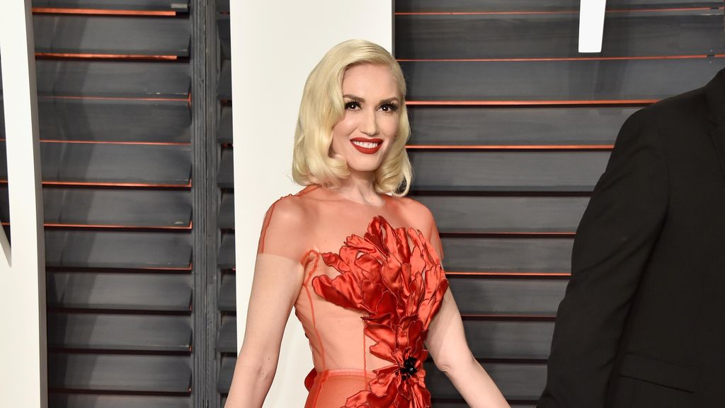 Sambut 2017, Gwen Stefani Jadi Wajah Baru Revlon