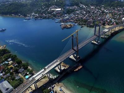 Jembatan Terpanjang di Indonesia Timur yang Megah