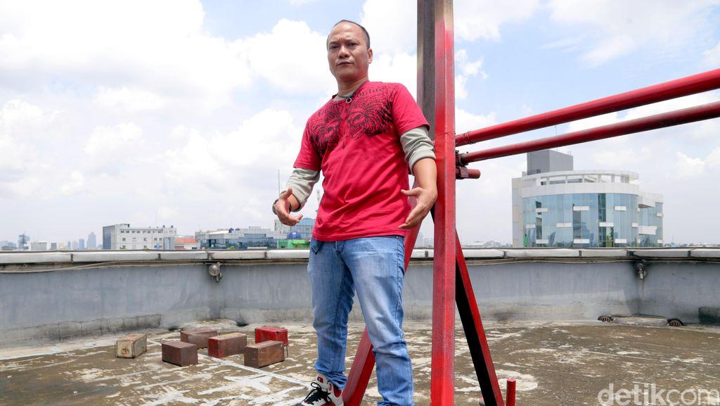 Rapper Iwa K Mengaku Bawa Ganja, Polisi Buru Penyuplai