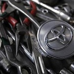 Toyota dan Mazda Bentuk Aliansi, Toyota Beli 5% Saham Mazda