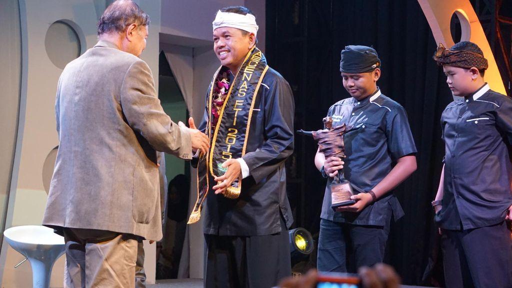 Bupati Dedi Ulangi Terima Penghargaan Dari FTI