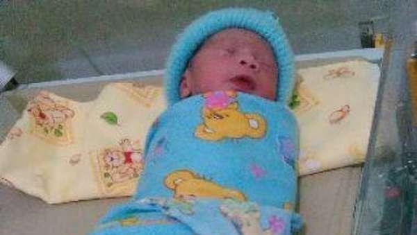Lahirnya Albi, Bukti Gerhana Matahari Bikin Bayi Berwajah Hitam Hanya Mitos