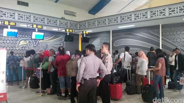 Wisata Gerhana Usai, Wisatawan Mengalir Pulang dari Ternate