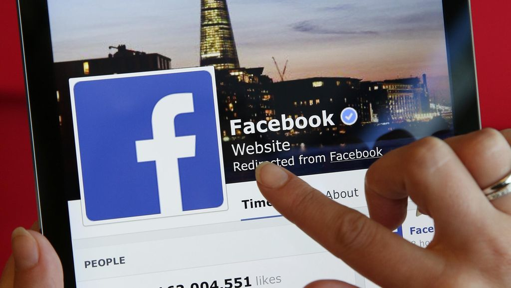 Pentagon Selidiki Grup Facebook Penyebar Foto Bugil Tentara Wanita