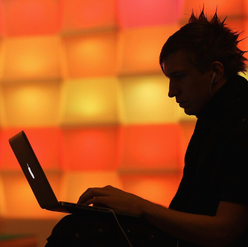 Waspada Serangan Malware Menyamar Jadi Dokumen Word