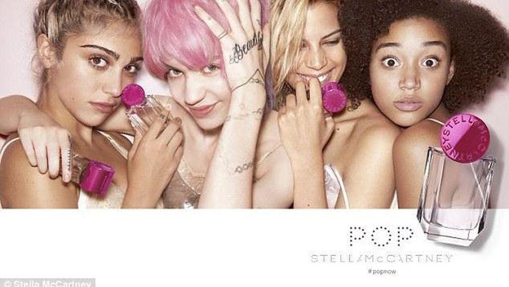 Putri Madonna Tampil Cantik dalam Iklan Parfum Stella McCartney