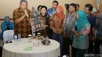 SBY: Jangan Paksakan Bangun Infrastruktur Saat Ekonomi Sulit