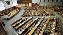 DPR Sahkan UU Disabilitas dan UU Penanganan Krisis Keuangan