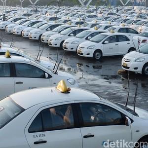 Hidup Morat-Marit, Tarif Taksi Konvensional Pasti Turun Sendiri
