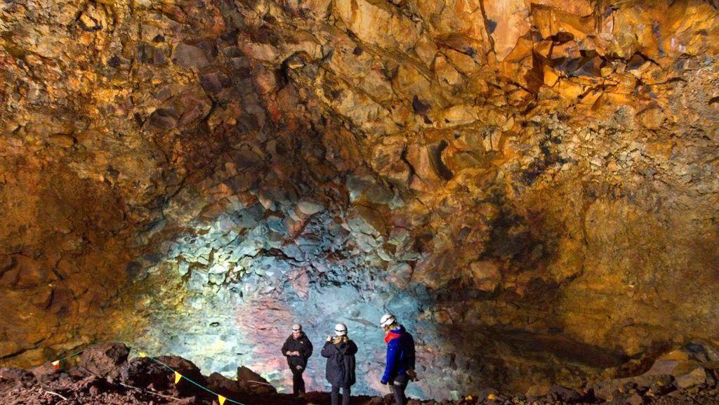 Cuma di Islandia, Konser Musik di Dalam Gunung Berapi!