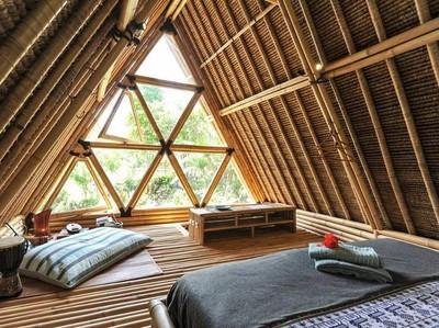 Rileks Sejenak di Penginapan Bambu yang Fotogenik di Bali