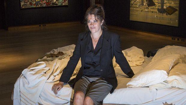 Aneh! 'Topeng Kematian' Seniman Tracey Emin Akhirnya Terjual