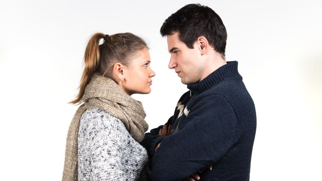 5 Cerita Putus Cinta Paling Gila dan Menyedihkan