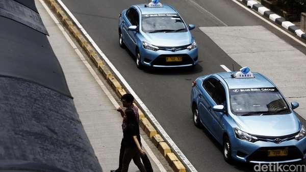 Ada Tarif Baru Taksi Online, Saham-saham Taksi Masih Lesu