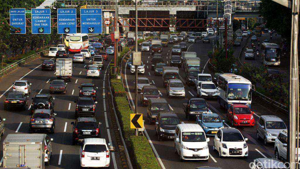 Usai Long Weekend, Jalanan di Jakarta kembali Macet