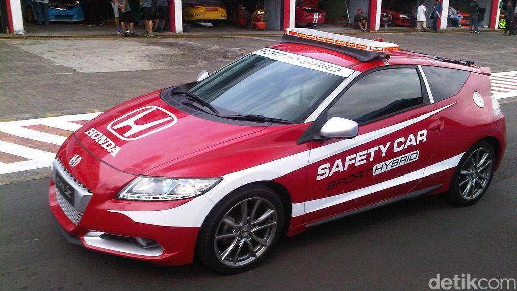 Honda CR-Z Safety Car di Ajang Asia Road Racing Championship