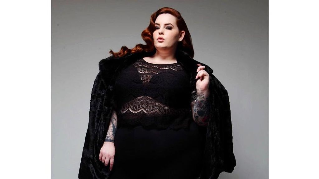 Para Model Plus Size Berpose di New York Fashion Week