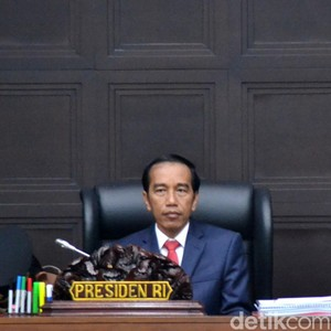 Jokowi Ajak Anak Muda Garap Bisnis Pariwisata Hingga Toko Online