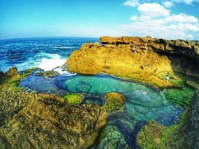 Kedung Tumpang, Pantai Ajaib dengan Kolam Renang Alami di Tulungagung